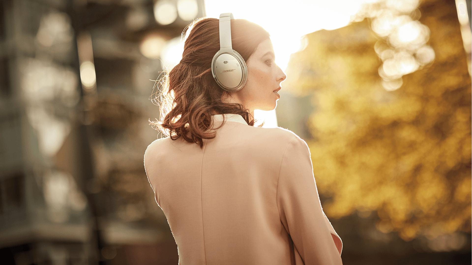 Bose QUIET COMFORT35 QuietComfort 35 Wireless Bluetooth Around-Ear