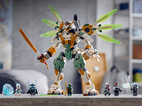 Lego Ninjago Lloyd S Titan Mech 70676 The Entertainer